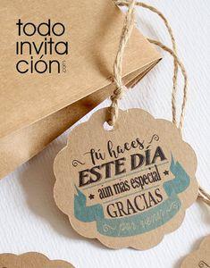 "ETIQUETAS KRAFT REDONDAS ""GRACIAS 1"" - Pack 20 und. - Eventos originales Todoinvitacion Mini Liquor Bottles, Label Shapes, World Crafts, Jewelry Tags, Gift Tags Printable, Printing Labels, Vintage Labels, Label Design, Holidays And Events"