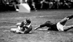 Trevor Ringland scores the winning try against Scotland in 1985