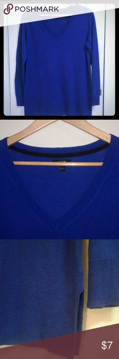 V-Neck Sweater Royal blue light weight sweater. Ribbing along hip line with open slits in each side (as seen in picture). 42% Rayon, 42% Acrylic, 16% Polyester. Take a look at the rest of my closet and feel free to make a bundle offer! Apt. 9 Sweaters V-Necks