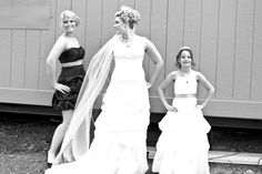 love this. my maid of honor and flower girl similar poses