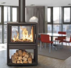 Find out all of the information about the BODART & GONAY product: contemporary fireplace surround / metal / double-sided KONTURO . Fireplace Hearth, Home Fireplace, Fireplace Surrounds, Fireplace Design, Fireplaces, Double Sided Stove, Double Sided Fireplace, Contemporary Wood Burning Stoves, Freestanding Fireplace