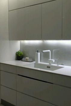 Ihana valkoinen keittiö
