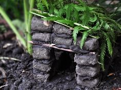 Mudbrick toad houses for the kids to make in spring