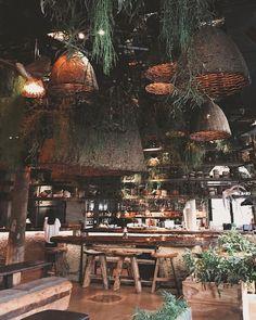 Modern Cafe, Restaurant Bar, Table Decorations, Drawings, Furniture, Instagram, Design, Home Decor, Decoration Home