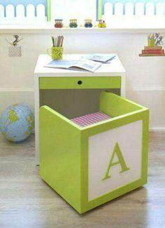 Bureau cube. 15 Super idées gain d'espace pour la chambre d'enfant