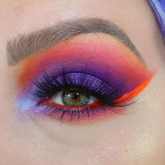 The 10 Best Makeup Ideas Today (with Pictures) - Purple Punch Orange Makeup, Blue Eye Makeup, Smokey Eye Makeup, Skin Makeup, Makeup Art, Makeup Ideas, Bright Eyeshadow, Eyeshadow Ideas, Red Makeup Looks