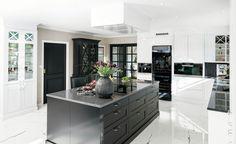 Designer og stylist: Nina Th. Fredrikstad, Kitchen Island, The Originals, Kitchens, Kitchen Designs, Studio, Home Decor, Island Kitchen, Decoration Home