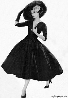 Supermodel Dovima, 1956