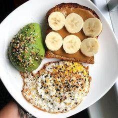 Easy Healthy Breakfast Ideas & Recipe to Start Exc. Easy Healthy Breakfast Ideas & Recipe to Start Excited Day – Healthy Desayunos, Quick Healthy Breakfast, Healthy Meal Prep, Healthy Snacks, Healthy Eating, Simple Healthy Meals, Sunday Breakfast, Yummy Breakfast Ideas, Healthy Breakfast Sandwiches