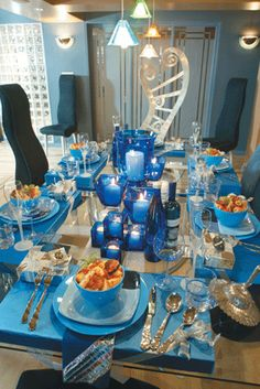 The First Lady and I would like to wish you a Happy Hanukkah….. You might have noticed that Michelle Obama is wearing blue, blue is very in for Hanukkah… The white and blue Hanukkah table settings were my favorite choice of the … Continue reading →