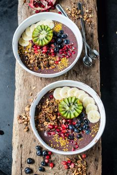 Starting your day with food bursting with nutrition will give your body lots of energy to get going while making your mind and body feel amazing.