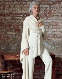 Donna Mitchell Watermark_UrbanZen_Holiday2016.max-1600x1600