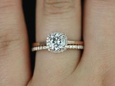 nice 32 Stunning Cushion Cut Vintage Engagement Ring https://viscawedding.com/2017/04/15/stunning-cushion-cut-vintage-engagement-ring/