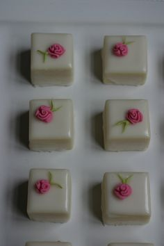 Petit Fours. I might make some someday. :) @Style Space & Stuff Blog Kumahata for our Christmas party? If we even have a Christmas party?