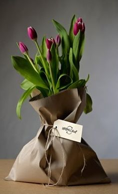Gift Wrapping and Packaging Idea