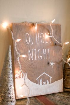 Rustic O Holy Night Wall Hanging. This is just an adorable Christmas decorating idea.