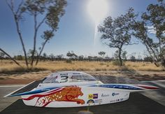Dutch Team Delft Nuon Solar Challenge  wins for 6th time with Nuna8