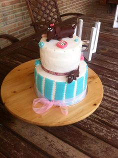 Tarta de chocolate, mouse y frambuesas frescas