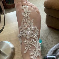 Items similar to ivory gold frame Beach wedding barefoot sandals Ivory Barefoot Sandals Sexy Yoga Anklet Bellydance Steampunk Beach Pool wedding accesories on Etsy Barefoot Sandals Wedding, Wedding Shoes, Wedding Rings, Lace Bridal, Wedding Lace, Strand Pool, Mother Of The Bride Shoes, Pearl Sandals, Bridesmaid Accessories