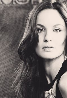 Sarah Wayne Callies...ok, I get this was just a role (Lori Grimes), but I will forever associate this actress with one of the worst mothers ever. Again, I get it was a role and she is an actress - but I f*ing hate Lori.