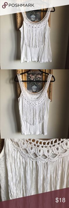 Club Monaco Fringed Linen Slub Tank Crochet detail with fringe hanging down on the front and in the back as well. Body: 100% Linen Decoration: 100% Viscose. Lightly used Club Monaco Tops Tank Tops