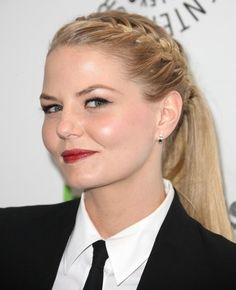 how to do jennifer morrison french braid ponytail Latest Braided Hairstyles, Work Hairstyles, Pretty Hairstyles, Jennifer Morrison, Do It Yourself Videos, Gymnastics Hair, French Braid Ponytail, French Braids, Tips Belleza