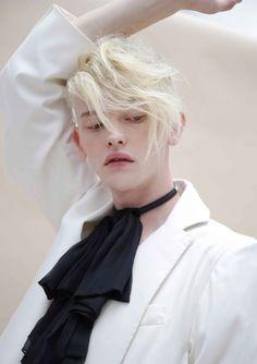 "ibbyfashion:  ""Robbie Mckinnon by Celine Hong  "" Aesthetic Boy, Aesthetic People, Male Face, Kim Hair, Pretty Boys, Beautiful Boys, Cute Boys, 15 August, Art Reference"