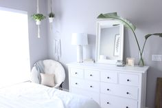 """I am just popping in today with a few more pops of pale blush pink from my daughter's room. Hannah loves her new room (we did a makeover last summer!) She loves her soft grey walls and has a cute """"boho"""" style. My pretty blush pink IKEA pillows looked fabulous mixed in with her soft …"""