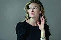#annemariechagnon #pointdorigine #collection #fashion #outfit #women #photoshoot #mannequin #agency #inspiration #art