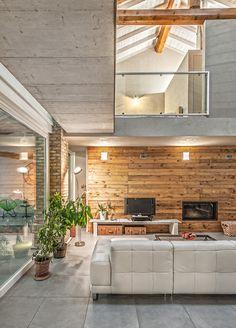 Il legno come segno distintivo per una casa in Italia - BLOG ARREDAMENTO