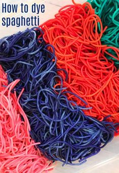 3 Simple Sensory Activities - Click here for details on how to make sensory bins. Easy toddler activities, easy preschooler activities, easy sensory bin, simple sensory bin, construction sensory bin, how to dye spaghetti, how to dye pasta, spaghetti sensory bin, rainbow spaghetti, toddler sensory bin, preschool sensory bin, sensory activity, sensory activities for toddlers, sensory activities for preschoolers, simple science, truck sensory bin, animal sensory bin