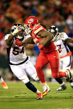 Jamal Charles get off me donkey Jamaal Charles, Kansas City Chiefs Football, Team Photos, My Guy, Espn, New Pictures, Super Bowl, Nfl