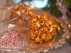 "Grammy Carl's Popcorn Balls (Fuller Holiday Spectacular) - Nancy Fuller, ""Farmhouse Rules"" on the Food Network. Popcorn Recipes, Dessert Recipes, Desserts, Candy Recipes, Dessert Ideas, Nancy Fuller, Farmhouse Rules, Popcorn Balls, Marinated Beef"