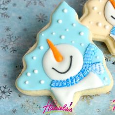 """1,991 Likes, 22 Comments - Haniela's/Hani (@hanielas) on Instagram: """"Maybe in a few weeks we'll build a real ⛄. Until then here are cute snowman cookies. Find a full…"""""""