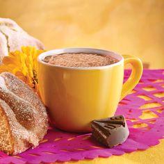 chocolate abuelita + pan de muerto + flor de cenpasúchil= <3 feliz.