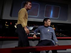 Star Trek Season 1 Episode 2 - Charlie X (15 Sep. 1966), Captain James T. Kirk (William Shatner) and Mr. Spock (Leonard Nimoy)