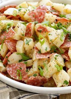 Italian Potato Salad Recipe, Italian Potatoes, Potatoes Anna, Potato Dishes, Food Dishes, Salami Recipes, Recetas Puertorriqueñas, Cooking Recipes, Healthy Recipes