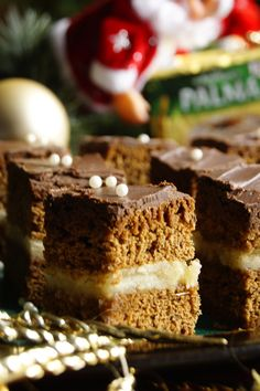 Gingerbread with marzipan. / Piernik z marcepanem .