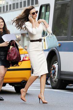 Miranda Kerr with her Prada bag in NYC.