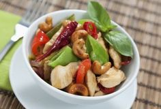 Spicy Cashew Chicken Stir-Fry | Trim Down Club