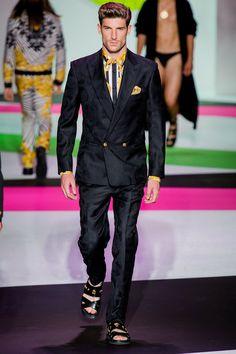 Versace Spring 2014 Menswear Collection