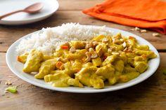 Riso basmati con pollo al curry e latte di cocco - / MAIN DISHES / - Pollo Asian Recipes, Healthy Recipes, Ethnic Recipes, Healthy Food, Guacamole, Poultry, Risotto, Main Dishes, Good Food