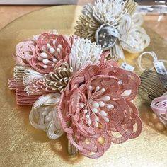Christmas Wreaths, Holiday Decor, Paper, Handmade, Vintage, Crafting, Hand Made, Vintage Comics, Handarbeit