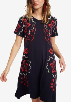 Women's short-sleeved V-neck dress with floral print at the sides. A flared fit and viscose and elastane fabric give freedom of movement. New Desigual Woman collection. Quirky Fashion, Colorful Fashion, V Neck Dress, Shirt Dress, Floral, Cold Shoulder Dress, Tunic Tops, Clothes For Women, My Style
