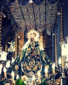 A la Virgen de las Cruces Patrona de #Daimiel se le asignan numerosísimos milagros y favores existiendo en su Santuario infinidad de exvotos reliquias relatos y recuerdos en memoria y agradecimiento de ayudas recibidas