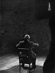 Pablo Casals - Yousuf Karsh...what the man could do with one light!