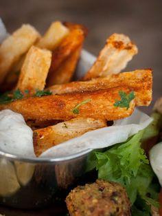 Falafel, Chicken Wings, The Secret, Carrots, Meat, Vegetables, Food, Essen, Carrot