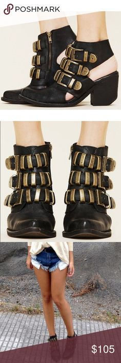 ✨ Jeffrey Campbell - Tripoli Buckle Bootie EUC Jeffrey Buckle Bootie. Worn 1 time. Tag says size 10 but runs small - better suited for an 8.5-9. I love these but I don't think I can pull them off sadly. Please let me know if you have any questions. ✨ NO trades • NO lowballing • Bundle for a discount ✨ Jeffrey Campbell Shoes Ankle Boots & Booties