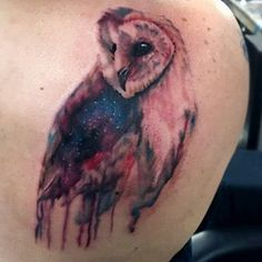 This starry-eyed owl. | 35 Perfect Shoulder Tattoo Designs