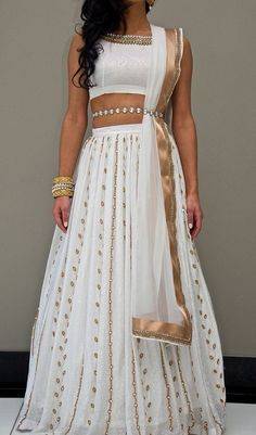 Indian Wedding Inspo Post with 4688 views. Indian Wedding In.- Indian Wedding Inspo Post with 4688 views. Indian Wedding Inspo Indian Wedding Inspo Post with 4688 views. Indian Outfits Modern, Indian Wedding Outfits, Indian Designer Outfits, Indian Weddings, Indian White Wedding Dress, Indian Fashion Modern, Peach Weddings, Small Weddings, Indian Attire